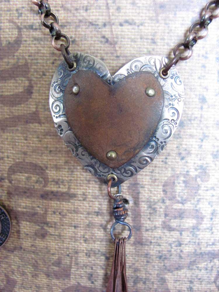 Close-up-pendant-