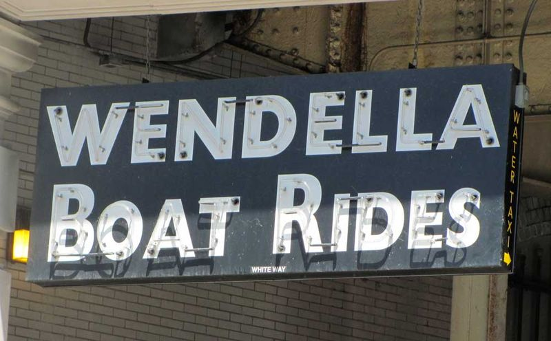 Boat-ride-sign-